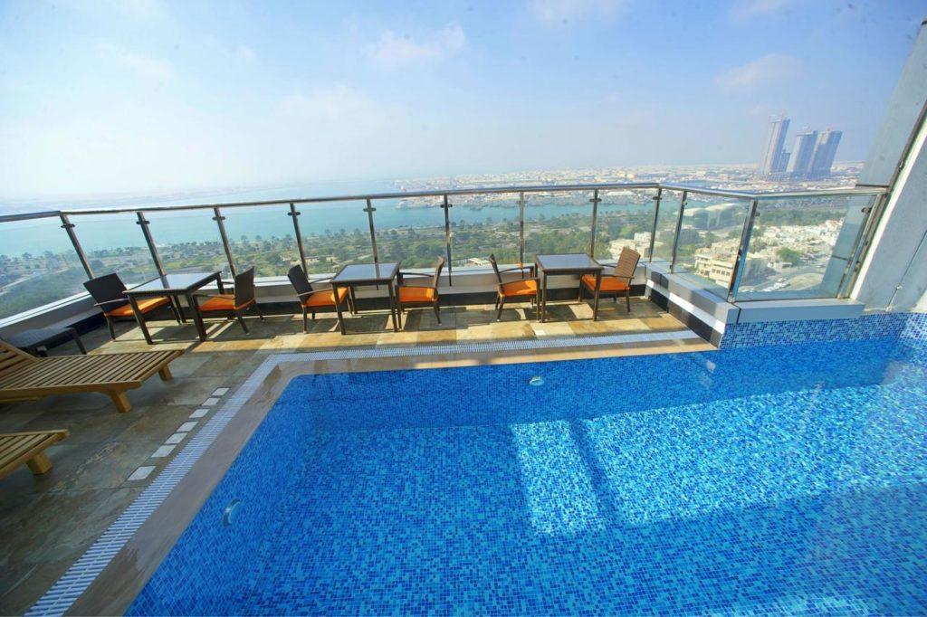 (Ramada Abu Dhabi Corniche Hotel)